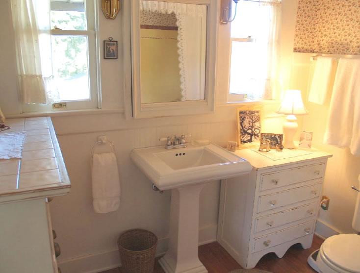 Craftsman bathroom design home design for Craftsman bathroom pictures